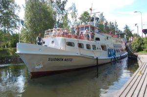 M/S Suomen Neito in Vääksy Canala
